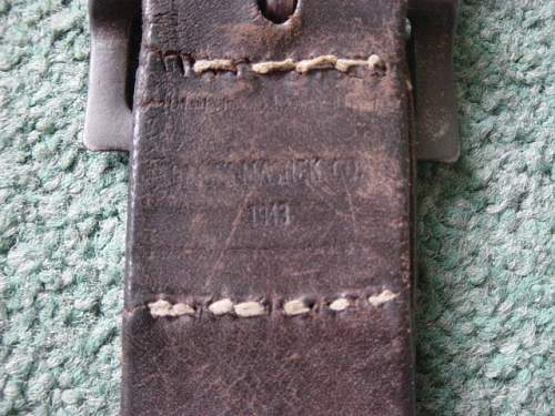 Click image for larger version.  Name:Canadian made lend lease Soviet enlisted mans belt and buckle. 001.jpg Views:85 Size:151.8 KB ID:403817