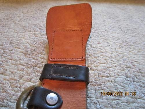 Leather Belt with double claw buckle: Any info appreciated!
