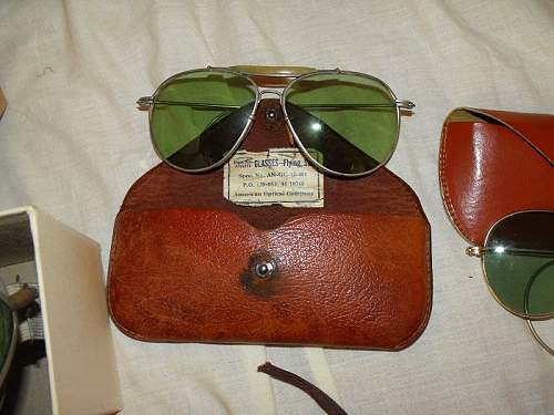 USAAF Baucsh & Lomb Flight Sunglasses & Case