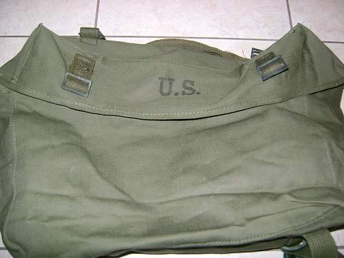 1951 US rucksack and field cap