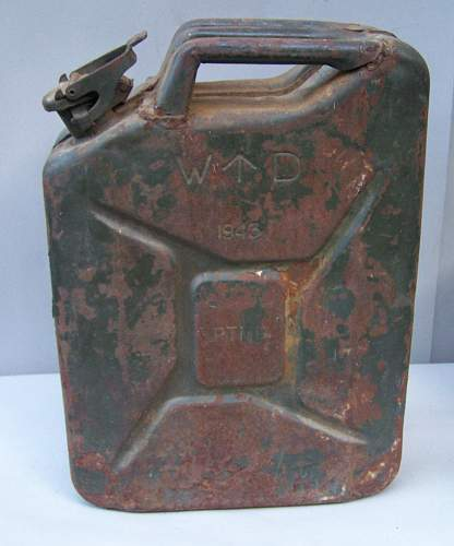 British jerry can 1943