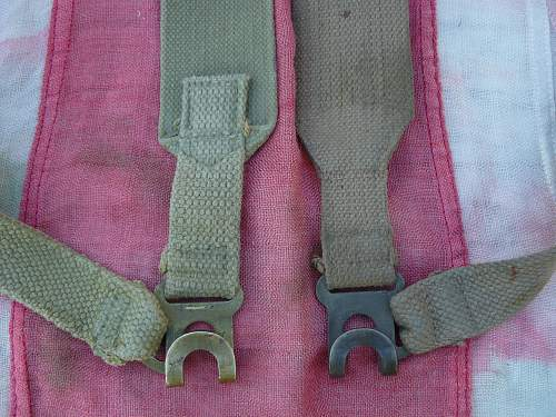 Variations of the P-37 Shoulder straps (L-straps)