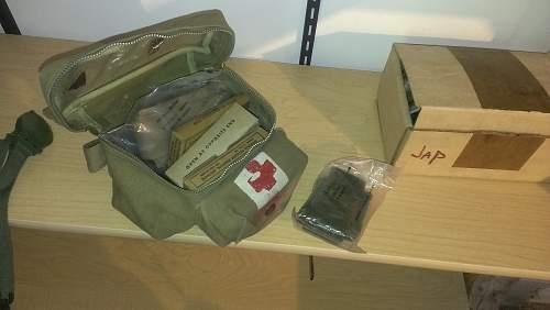 WWII U.S Aeronautic First Aid Kit??