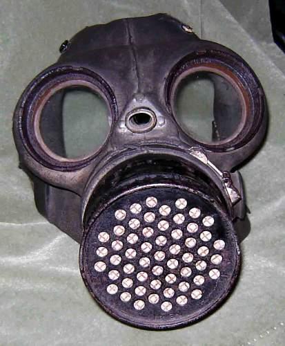 British 1940 dated gas mask