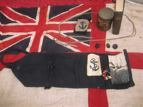 Small Collection of Royal Navy Items