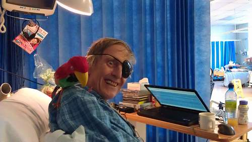 Click image for larger version.  Name:Hosp parrot 1a.jpg Views:76 Size:325.1 KB ID:563426