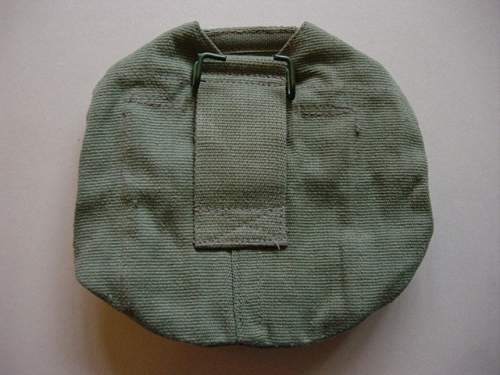 Click image for larger version.  Name:44 Pattern webbing canteen cover, reverse.jpg Views:643 Size:144.8 KB ID:58938