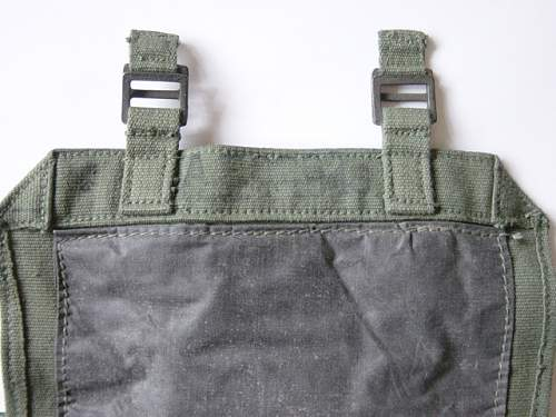 Click image for larger version.  Name:1944 pattern webbing small pack 002.jpg Views:704 Size:146.7 KB ID:58953