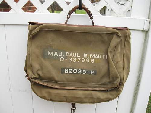 Help needed to identify Folding Officer Travel Bag