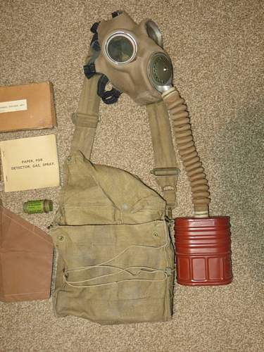 Complete British 1940 dated Gas Mask and bag with contents