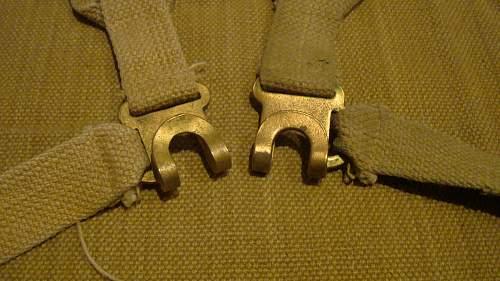 Click image for larger version.  Name:39 Shoulder Strap hooks.jpg Views:83 Size:233.1 KB ID:657400