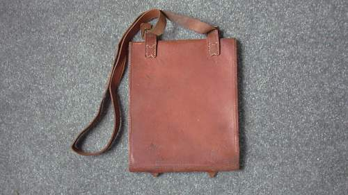 Is this a British Pattern 1939 Leather Map Case?