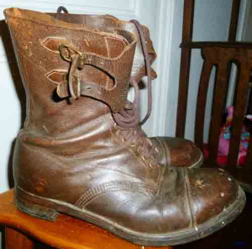 Name:  boots.jpg Views: 199 Size:  13.0 KB