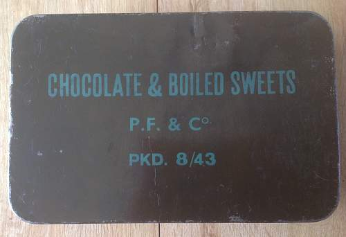 Click image for larger version.  Name:Large Chocolate and Boiled Sweets ration tin..jpg Views:39 Size:199.9 KB ID:660975