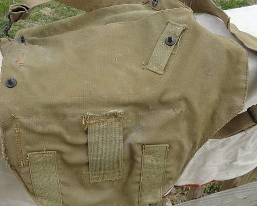 US Gas Mask And Bag