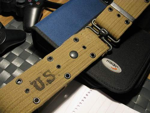 US Belt, Thompson 5 mag pouch + 5 Thompson mags