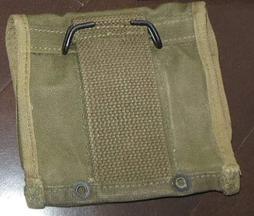 Click image for larger version.  Name:Jungle Medic Pouch 2.jpg Views:45 Size:151.2 KB ID:712531