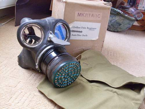 British ARP/Civilian Gas Mask(boxed)