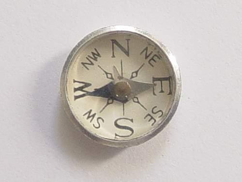 Escape compasses