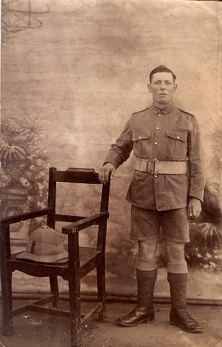 Click image for larger version.  Name:British Soldier India - 1.jpg Views:353 Size:226.2 KB ID:734667