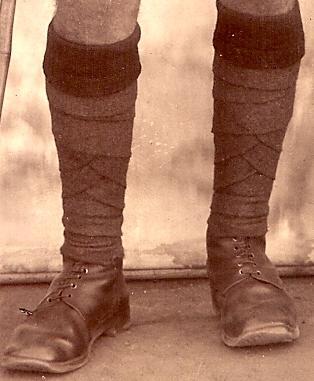 Name:  British colonial soldier - bangalore, India 1119.jpg Views: 384 Size:  20.8 KB