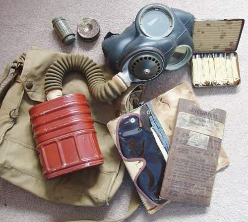 MkIV and MKV gas respirators