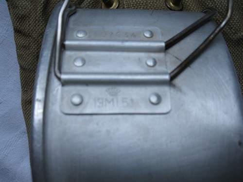 Click image for larger version.  Name:M45-50 canteen cup 02.jpg Views:114 Size:102.1 KB ID:766769