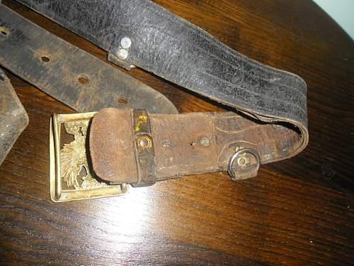 Spanish officer's belt..... WWII period??