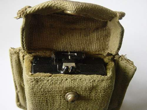 Click image for larger version.  Name:1937 pattern webbing compass pouch 002.jpg Views:784 Size:144.7 KB ID:82540