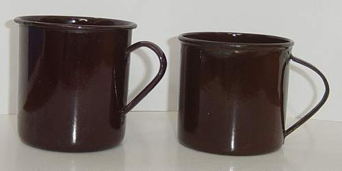 Click image for larger version.  Name:Enamel mugs..jpg Views:289 Size:138.5 KB ID:85357