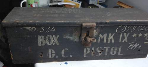 1944 dated box