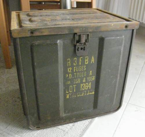 Need help with this Mk1 ammo box - 1944