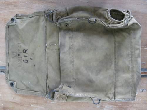 gasmask bag and strap.... unusal or not?
