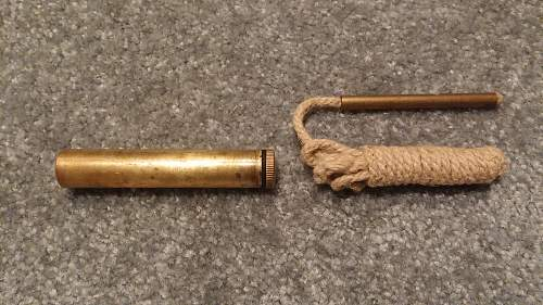 Click image for larger version.  Name:10 Brass Oiler Mk.IV and Pullthrough.jpg Views:186 Size:241.8 KB ID:894754