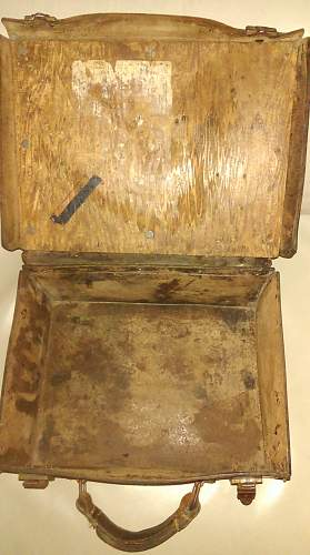 Unknown 2 Pounder Leather Case