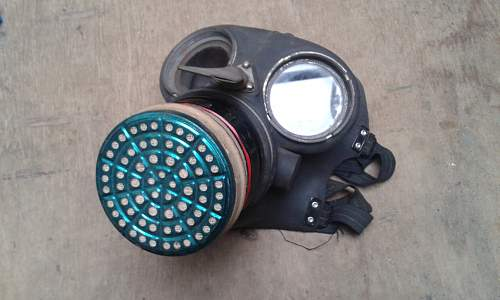Gas mask asbestos risk?