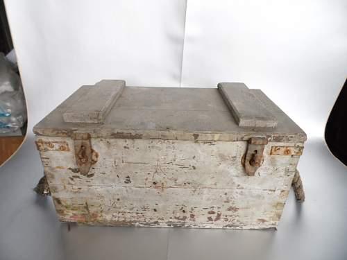 Click image for larger version.  Name:bamboe kast luster ammo box vaas met smeedwerk 037.JPG Views:62 Size:184.9 KB ID:948369
