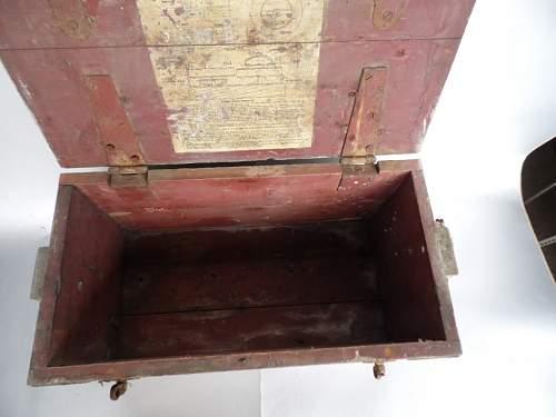 Click image for larger version.  Name:bamboe kast luster ammo box vaas met smeedwerk 042.JPG Views:17 Size:185.3 KB ID:948370