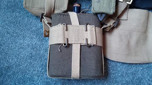 Click image for larger version.  Name:20 Inside View of the Waterbottle Carrier.jpg Views:79 Size:355.2 KB ID:969932
