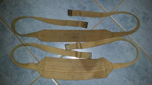 1937 Aussie webbing - what are these packs?