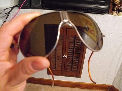 Identify these Sunglasses