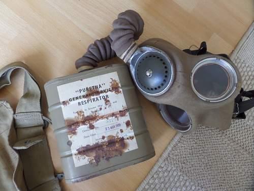 Unknown WW2 British Gas Mask