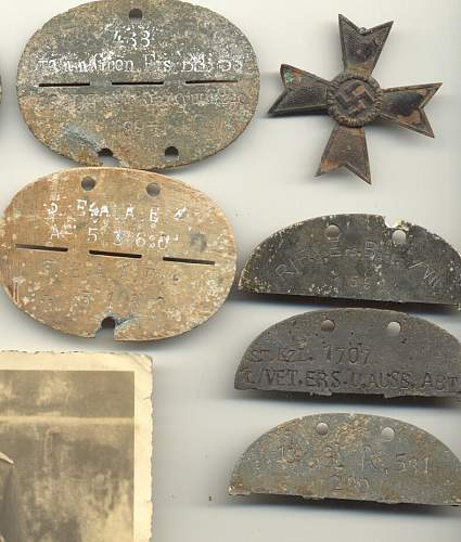 Click image for larger version.  Name:plaques foucarville 2-1.jpg Views:38 Size:78.7 KB ID:1000720