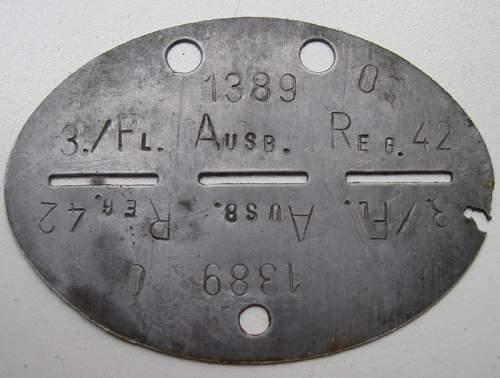 Dog tag 3 / Fl .Ausb. Reg.42