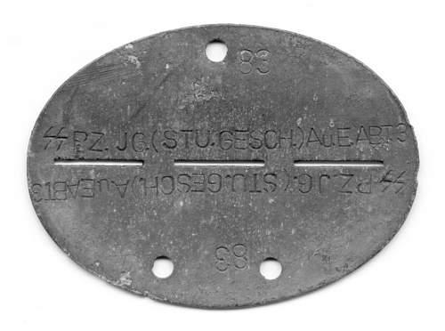 Click image for larger version.  Name:SS Sturmgeschützmarke 1.jpg Views:129 Size:70.8 KB ID:210251