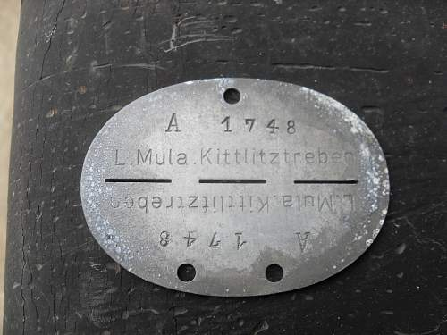 Click image for larger version.  Name:german dogtags 002.jpg Views:37 Size:273.6 KB ID:526677