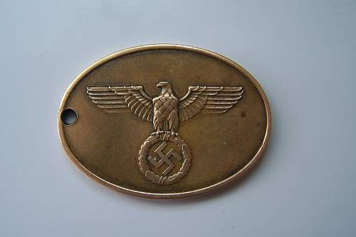 Do these 2 GESTAPO disks look authentic?