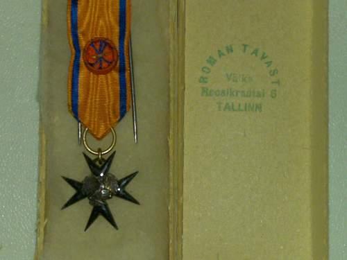 Estonian Order of Eagle Cross 4th Class Miniature