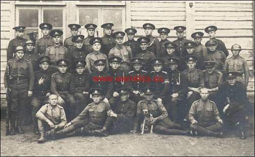Click image for larger version.  Name:�estonian soldiers in M17 sohlberg.jpg Views:251 Size:43.3 KB ID:336