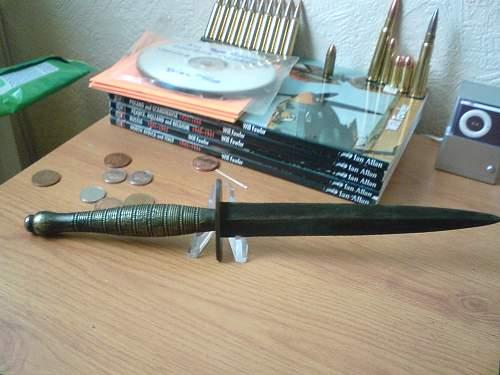 Fairbairn-Sykes dagger